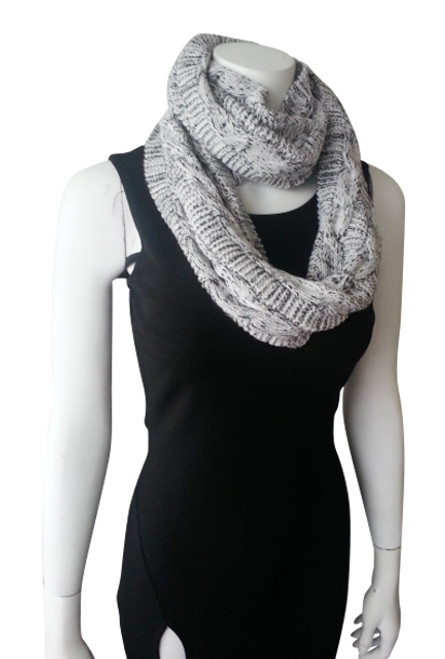 WARM & COZY KNITTED INFINITY SCARF! WHITE WITH BLACK.