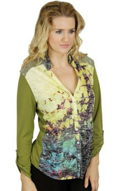 Beautiful Green Rayon Blouse! Long Sleeve, Button Cuffs, Sequin Shoulders.