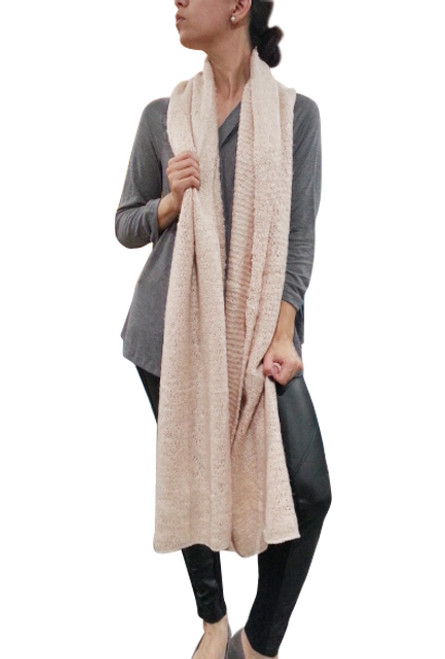 SUPER-COZY LONG BLANKET SCARF FROM AMERICA'S HOTTEST BRAND! BLUSH.