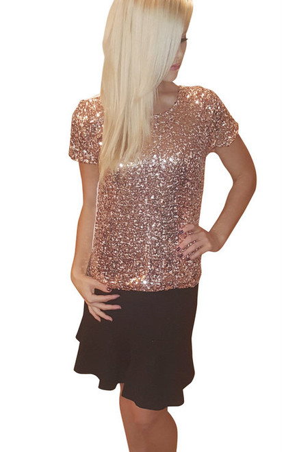 Short Sleeve Sequin Top Is Top Quality From America's Hottest Mall Brand! Gold.