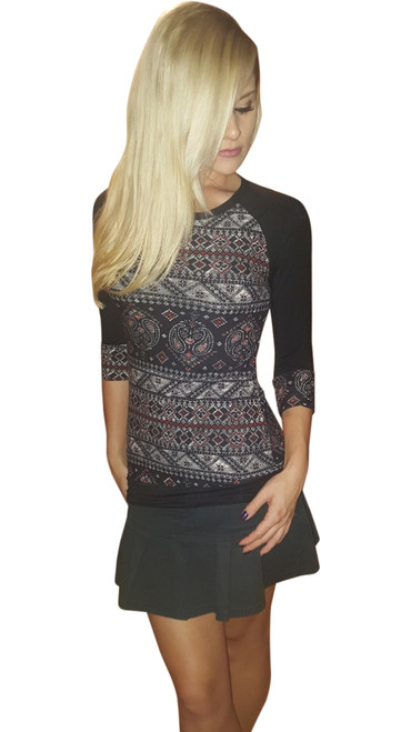 Paisley Pattern 3/4 Sleeve Top! Black.