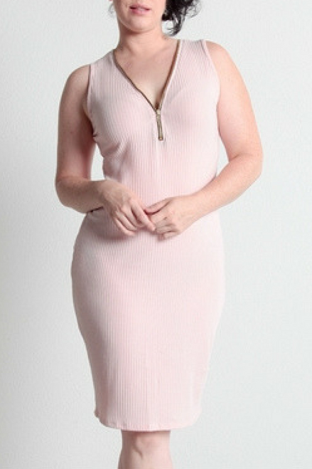 PLUS SIZE BODYCON DRESS WITH ZIPPER! BLUSH.