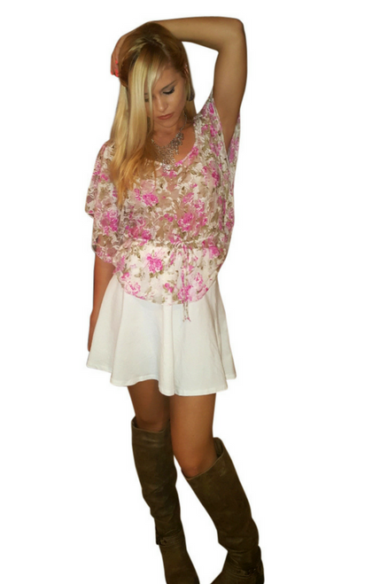 Pink Floral Top from Carrie Allen ties in the middle!