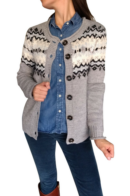 Thick, Cable-Knit Style Grey Cardigan with Subtle Metallic Sequins.