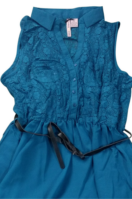 PLUS SIZE Teal PinUp Dress with Lace and Belt. 100% Cotton.