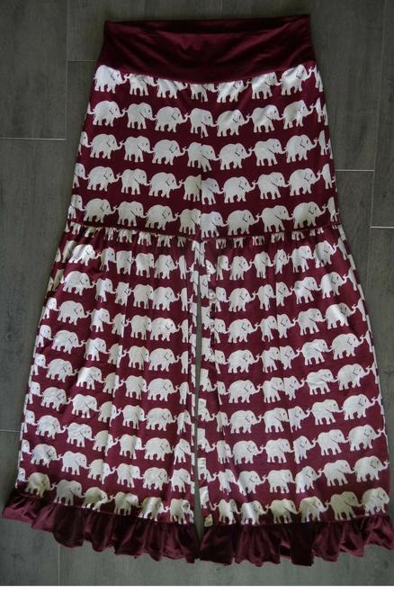 PLUS SIZE. Wide Leg Palazzo / Gaucho Pants make a serious fashion statement! Burgundy with White Elephants!