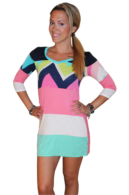 Tunic Dress with Half Sleeves and Chevron Print! 95% Rayon.