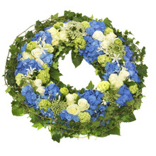Premium sympathy wreath swedish nationwide delivery.