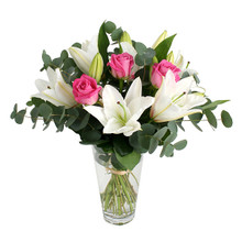 White lilies and roses for delivery in Sweden.