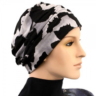 BLACK PRINT SHIRRED CAP TURBAN