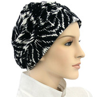 BLACK & WHITE SHIRRED CAP