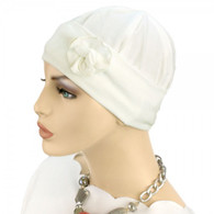 IVORY FLAPPER CAP WITH FLOWER