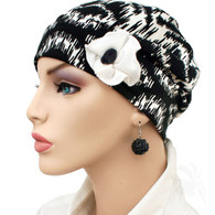 BLACK & WHITE FLAPPER HAT WITH FLOWER