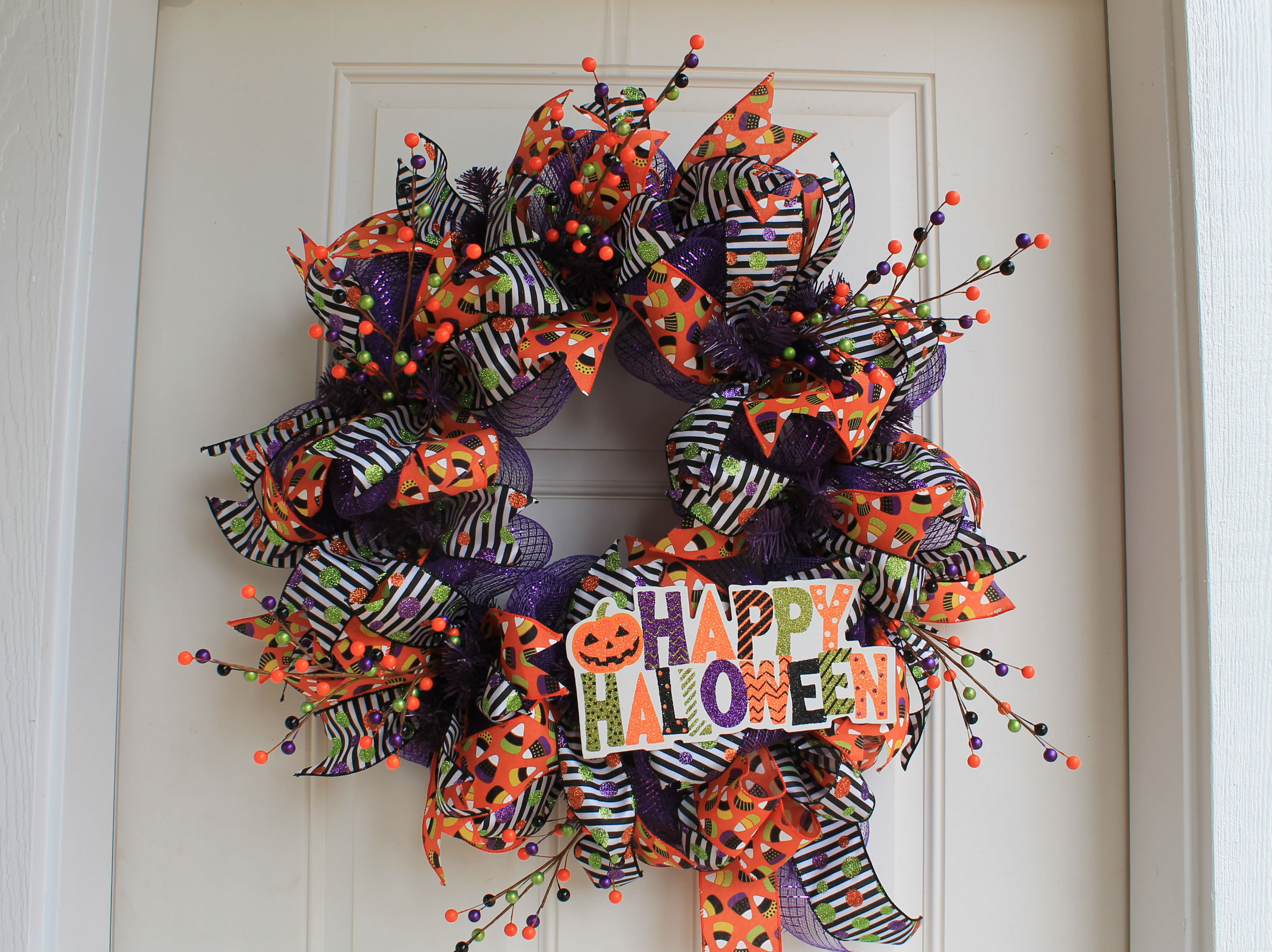 Diy Mesh Happy Halloween Wreath The Wreath Depot