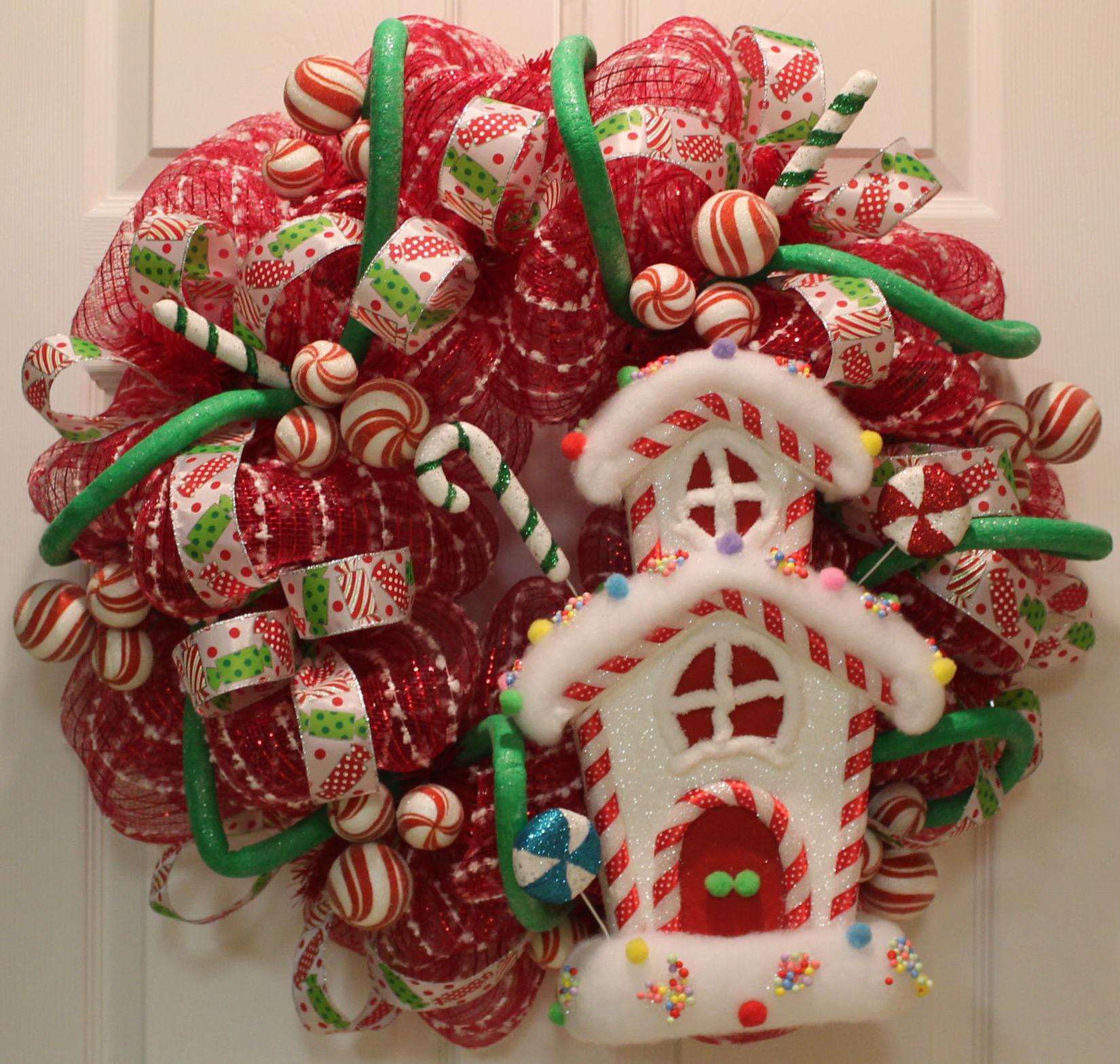 diy mesh holiday wreath tutorial candyland - Deco Mesh Christmas Wreath