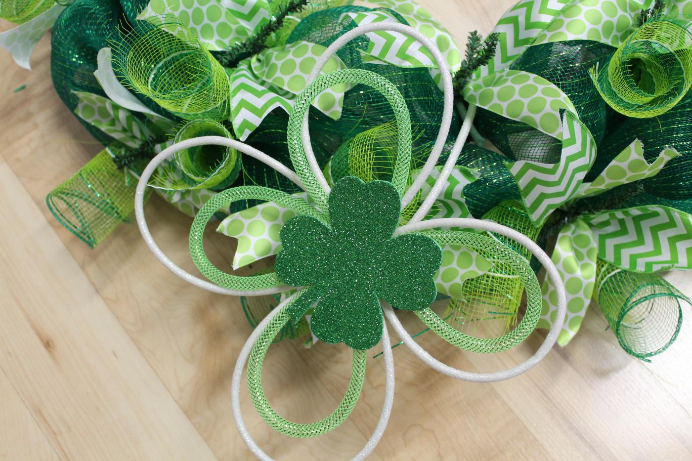 Diy Mesh St Patrick S Day Wreath The Wreath Depot