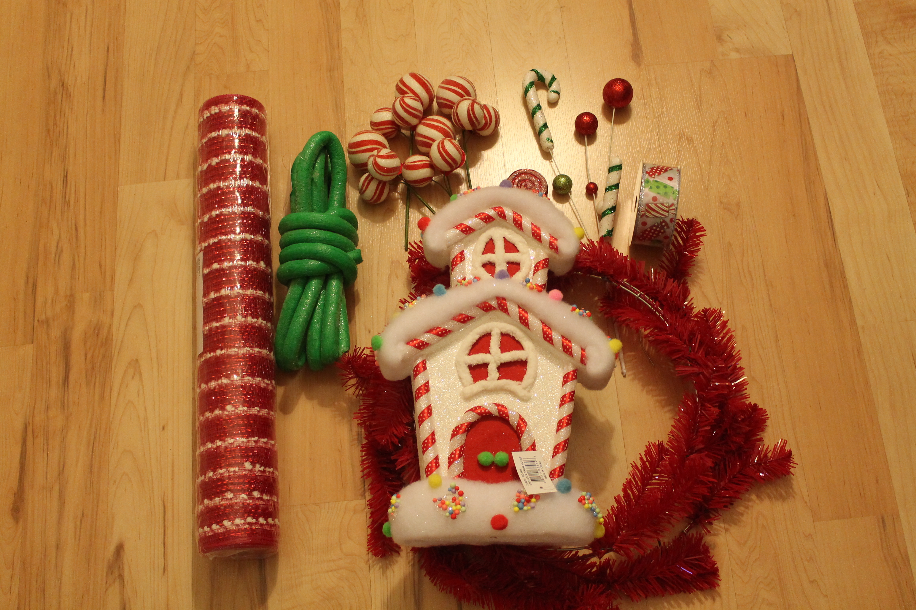 Diy Mesh Holiday Wreath Tutorial Quot Candyland Quot The Wreath