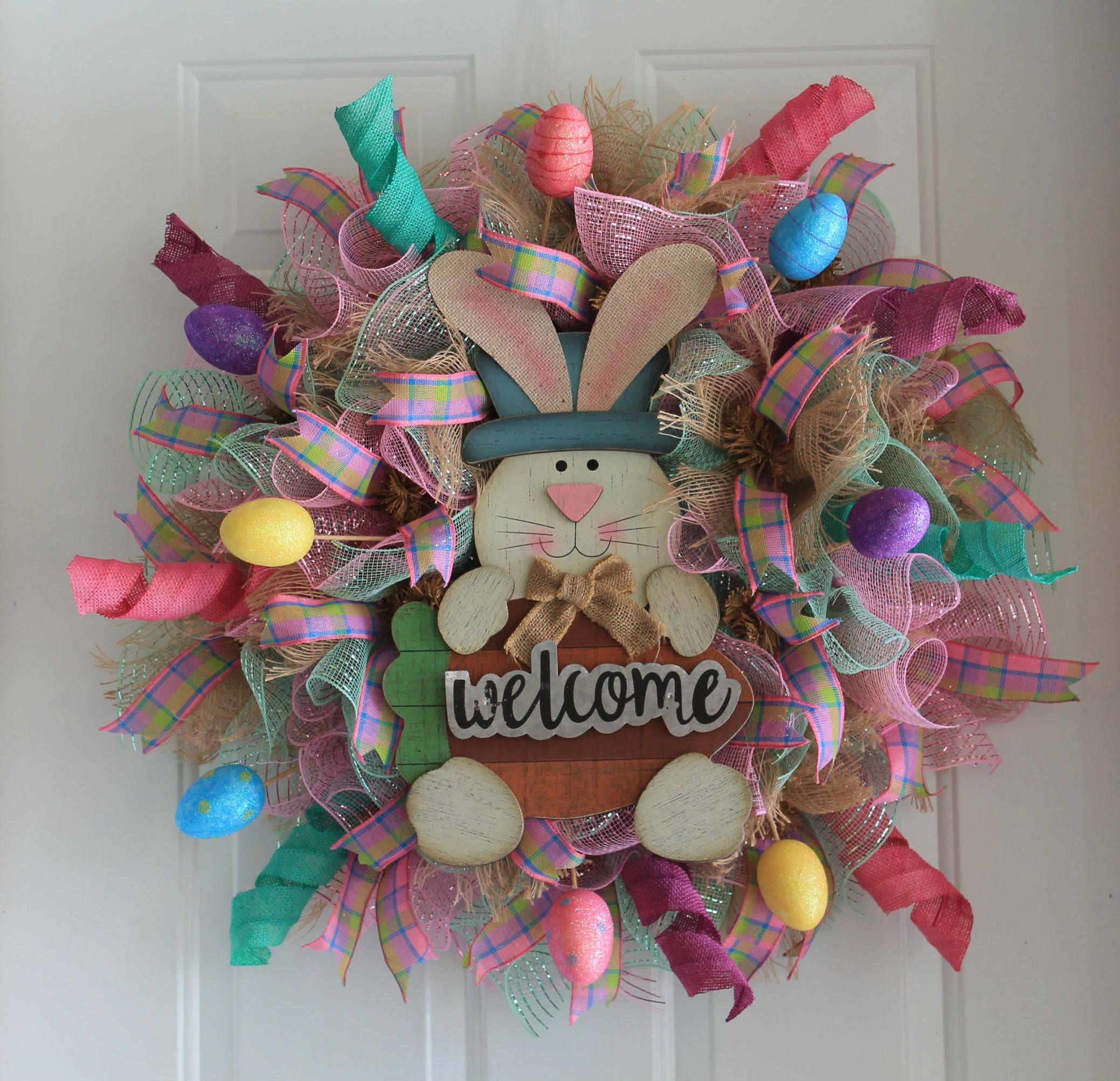 diy welcome easter bunny mesh wreath the wreath depot. Black Bedroom Furniture Sets. Home Design Ideas