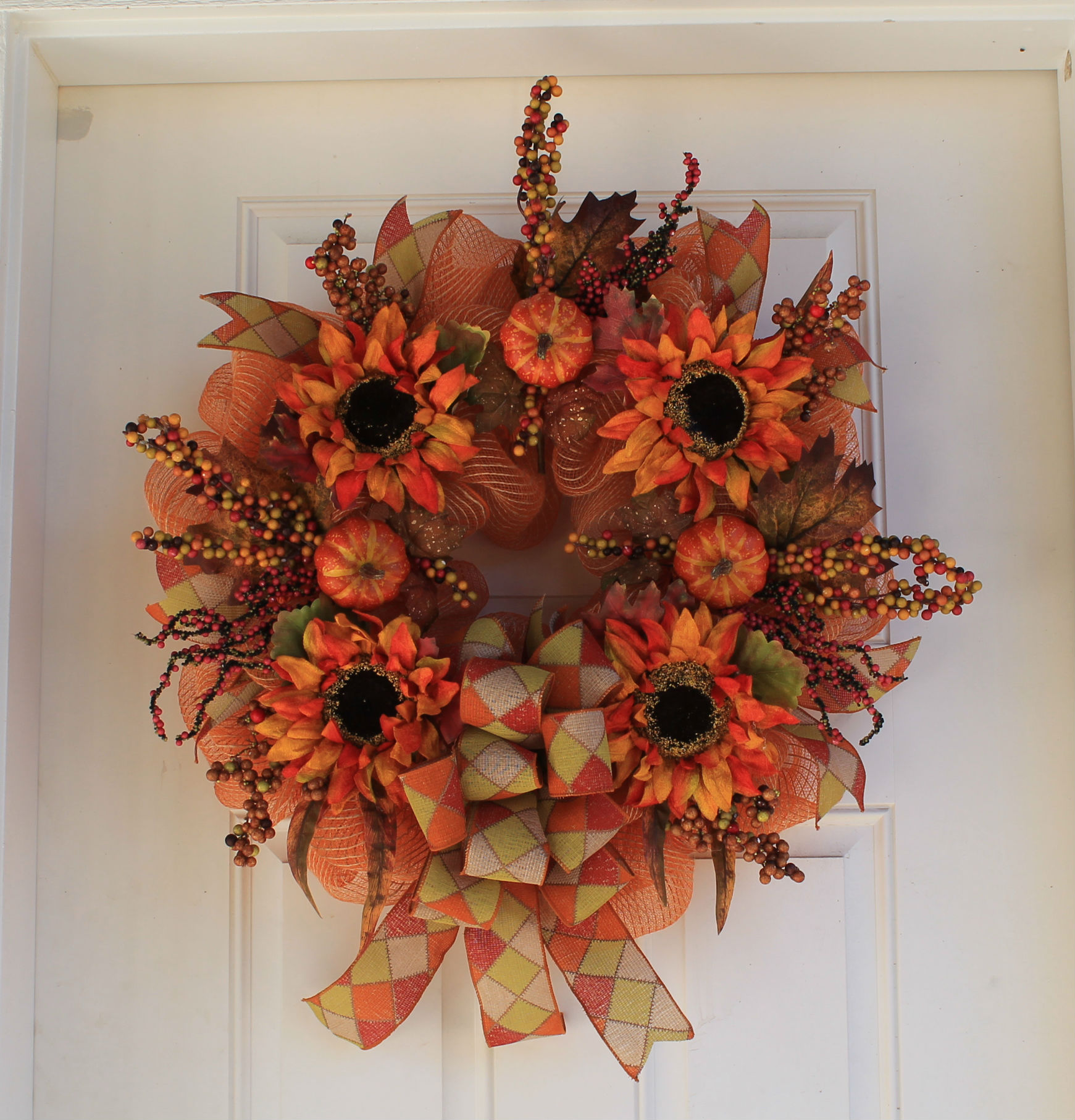 12 Easy Diy Deco Mesh Wreaths For Fall: DIY Fall Mesh Wreath