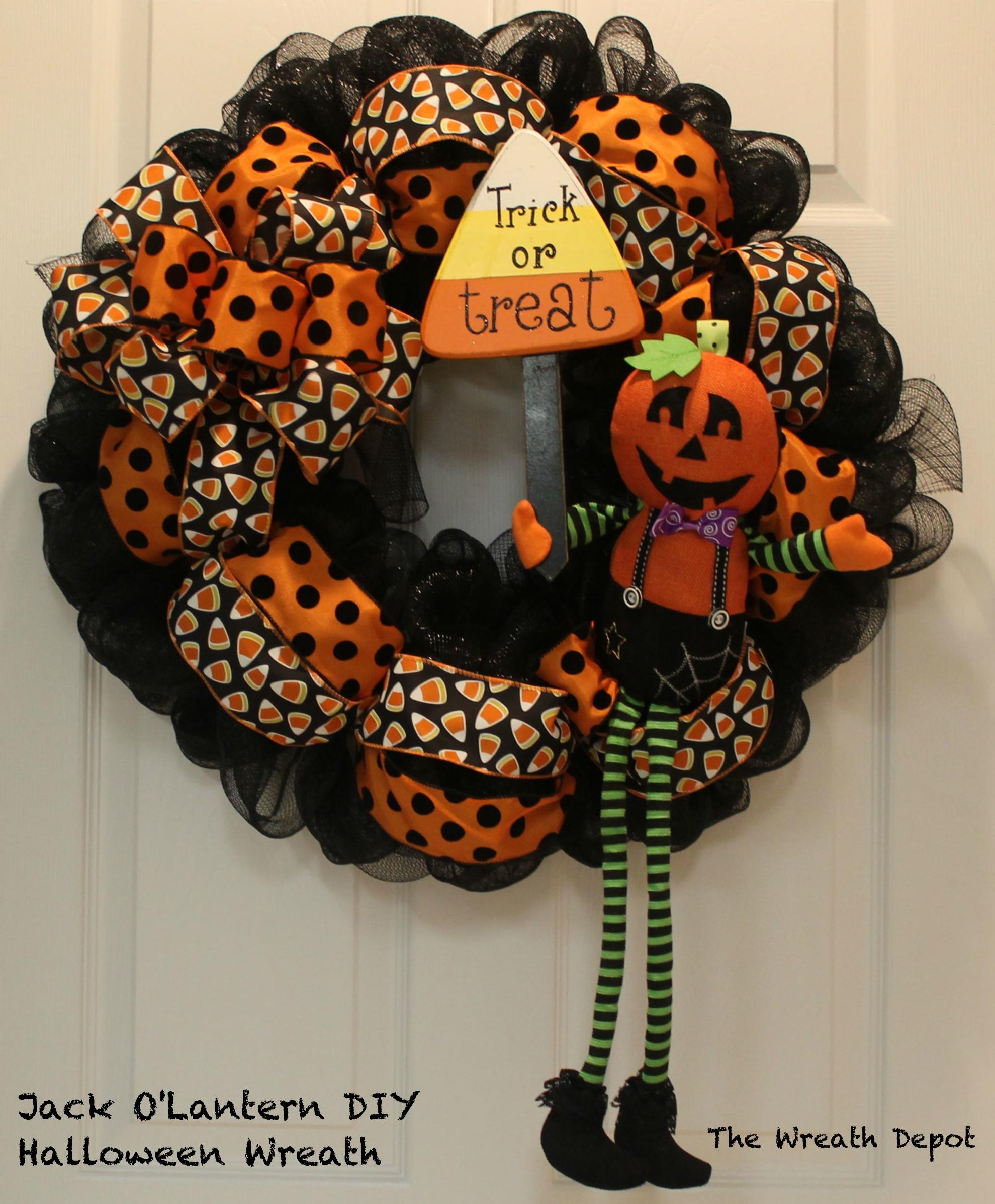 Diy Mesh Waving Jack O Lantern Halloween Wreath The Wreath Depot