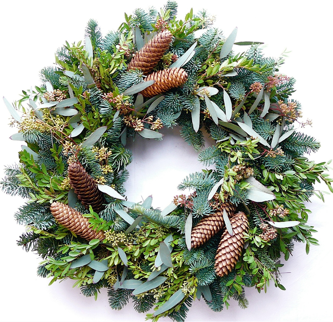 Annscroft Fresh Evergreen Christmas Wreath 22 In The Wreath Depot