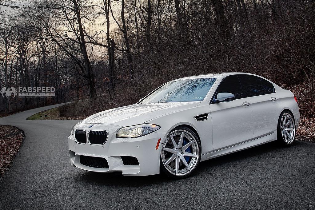 White BMW M5