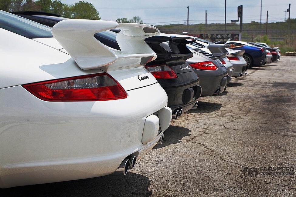 Line of Porsches 2