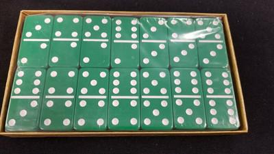 jumbo six Green dominoes