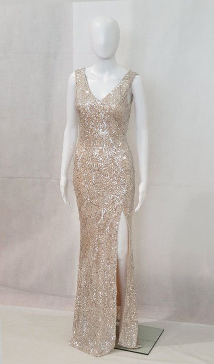 sequin pattern fitted gown with side split- image 2