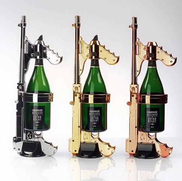 champagne-gun-cannon-spray-celebrate-party-magnum-veuvet-cliquot-dom-perignon-gun-blast-shoot-dispara-40473.1466190349.1280.1280.png