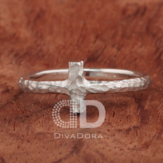 Cross Ring Hammered in Silver