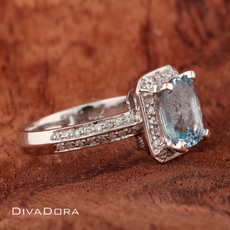 1.90ct Aquamarine Engagement Ring in 18K White Gold