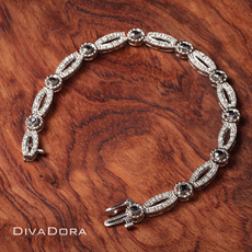 Diamond & Sapphire Cable Motif  Link Bracelet in 14K White Gold