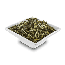 Robust White Tea (2oz)