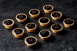 Cocktail chocolate tarts