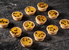 Cocktail passionfruit tarts
