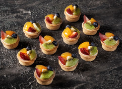 Cocktail fruit tarts