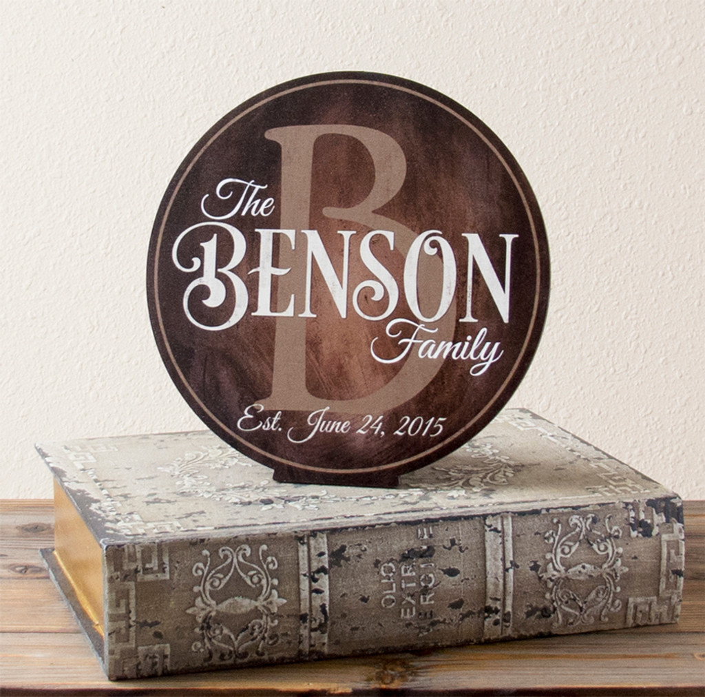 Wooden Personalized Family Name Sign - Script & Style