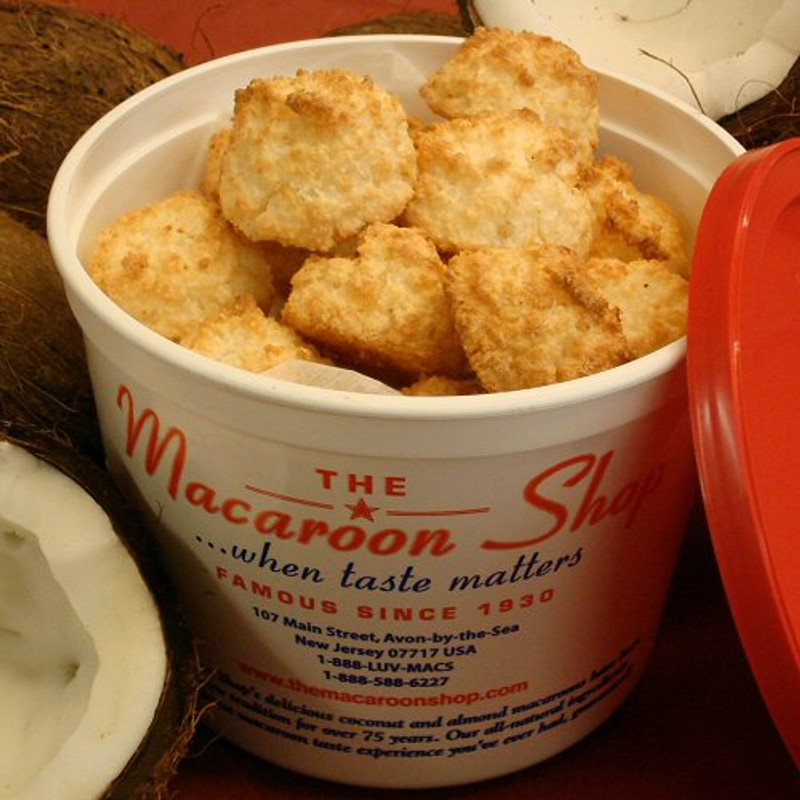 Gourmet Coconut Macaroons 1 lb Tub - Mail-order these delicious macaroons. They are fresh and ready to enjoy!