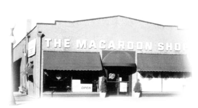 Macaroon Shop Vintage photo