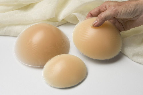 Nearly Me 270 SO-SOFT Oval Equalizer Silicone Breast Form