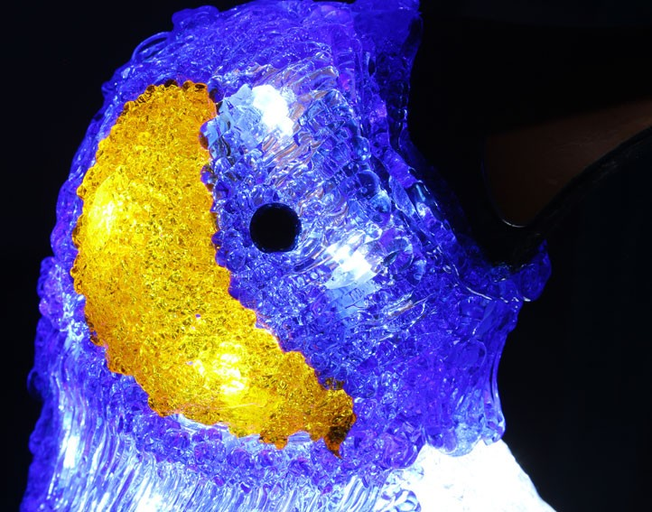 acrylic-penguin-led-lights5.jpg