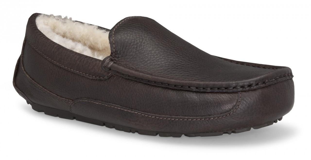 736c245af8e0 UGG Ascot Leather China Tea - Bennie s Shoes