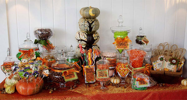 Wedding Candy Buffet Tables Are A Sweet Option Pun Intended