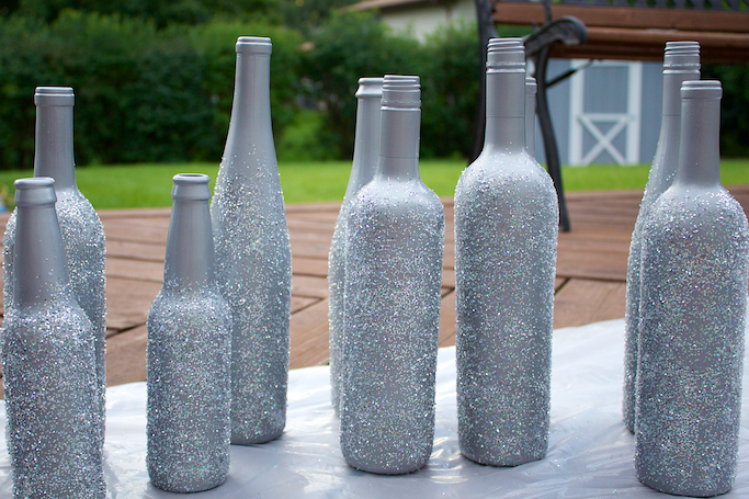 40 Easy DIY Wine Bottle Centerpieces MyWedStyle Amazing Decorating Wine Bottles With Glitter