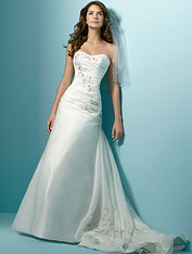Alfred Angelo #1137 - Size 10