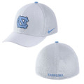 Nike Classic Carolina Mesh SwooshFLEX Hat - White