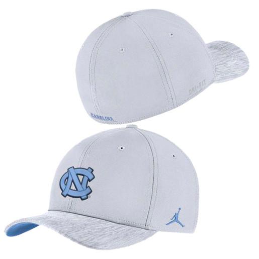 e0319804 Nike Jordan Flex Fit White Sideline Hat. Image 1. Loading zoom