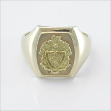 Satin Barrel Crest Ring