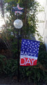 Solar Glass Crackle Globe Garden Stake USA Light with 3 Flags